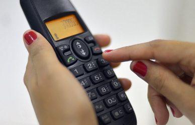 Rio tem central telefônica que fornece orientação sobre a COVID-19