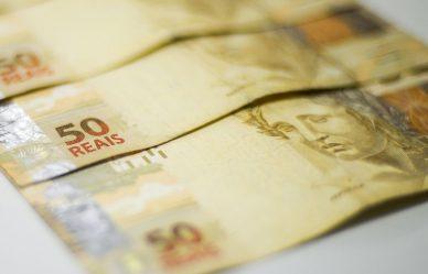 Pagamento do abono salarial de 2020 é adiado para 2022
