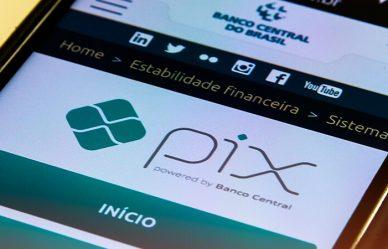 Pix poderá ser usado em aplicativos de mensagens e compras online a partir de agosto